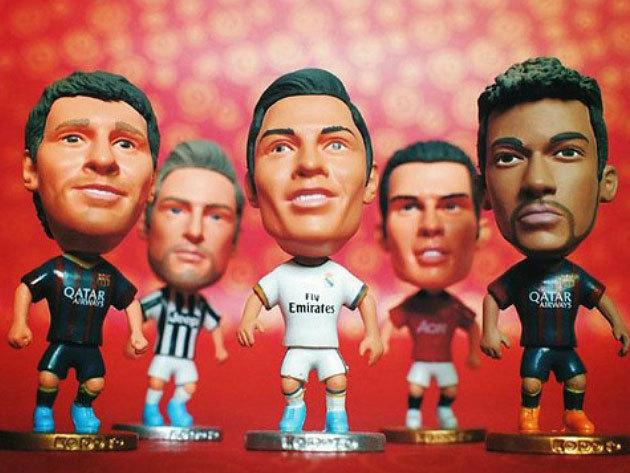 Egyedi focifigura a kedvenc játékosodról, edződről - Ronaldo, Messi és a többiek