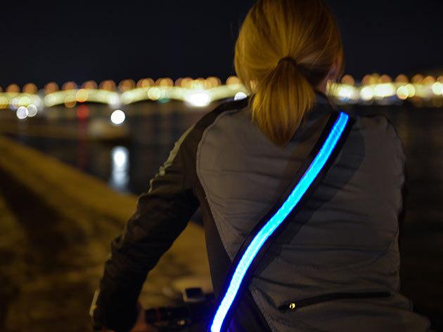 LED láthatósági öv zöld, kék és piros színben – mert a biztonság az első!