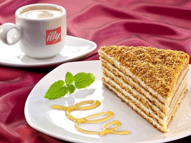 Páros nassolás: 2 szelet Marlenka + 2 csésze ILLY kávékülönlegesség (III. kerület)