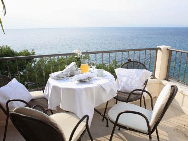 Hotel Villa Andrea**** - 4 nap /3 éjszaka 2 főnek + 1 gyermek (12 év alatt) / reggeli + extrák