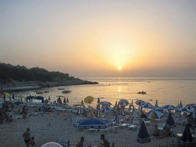 Montenegro - Villa Perla / 7 éj 2-4 főnek 2015. július vagy augusztusban