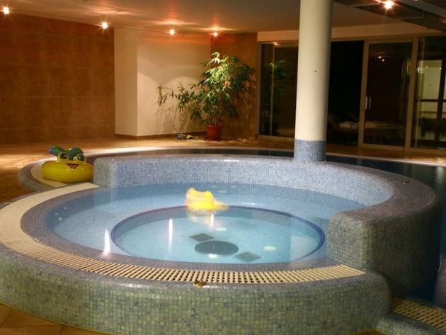 Július 30-ig / Tihany - 3 nap/2 éj, 2 fő részére félpanzióval és wellnessel - Echo Residence All Suite Hotel