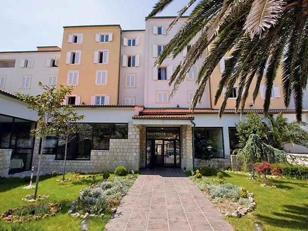 2015.09.20-10.04 között / Rab szigete, International Hotel*** (Horvátország) 3 éj szállás 2 fő részére reggelivel