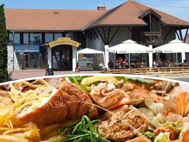 Castrum Café & Restaurant / Szentendre - 1 vagy 2 személyes menü: parmezánbundás csirkemell körettel + fagylalt + házi limonádé vagy rosé fröccs