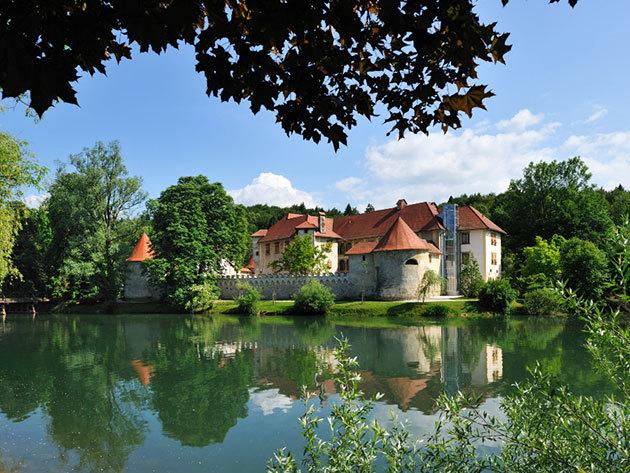 Aktív kikapcsolódás, természet és wellness Szlovéniában az Otocec Kastély közelében! 2 vagy 3 éjszaka 2 felnőtt részére, félpanzióval - Hotel Sport****