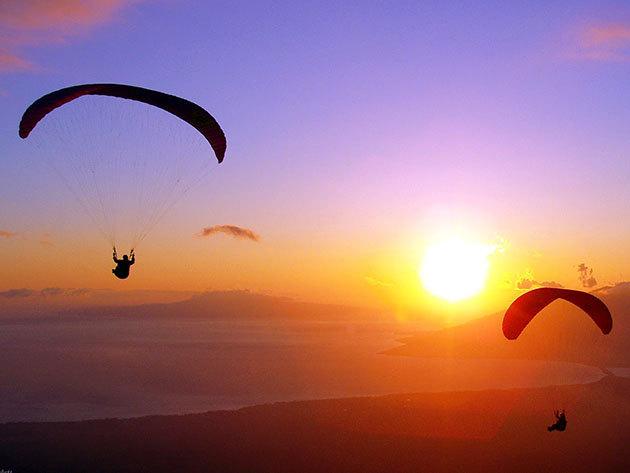 Siklóernyős elméleti és gyakorlati oktatás profi csapattal - 3 vagy 10 nap, gyakorlat a budai hegyekben. Szárnyalj a magasban!