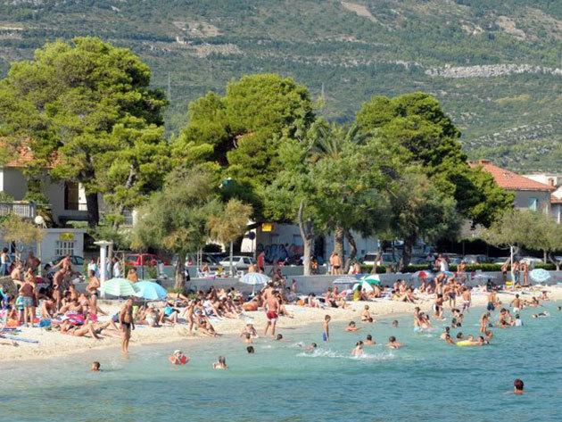 2015.09.30-ig / nyaralás a horvát tengerparton, a Hotel Villa Zarko-ban - 3 éjszaka 2 fő részére, félpanzióval