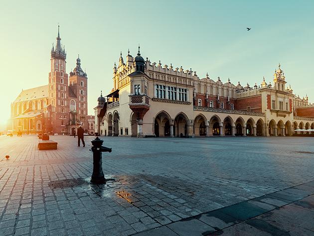 KRAKKÓ: non-stop buszos utazás városnézéssel Lengyelország 2. legnagyobb városába - október 24. és november 7.