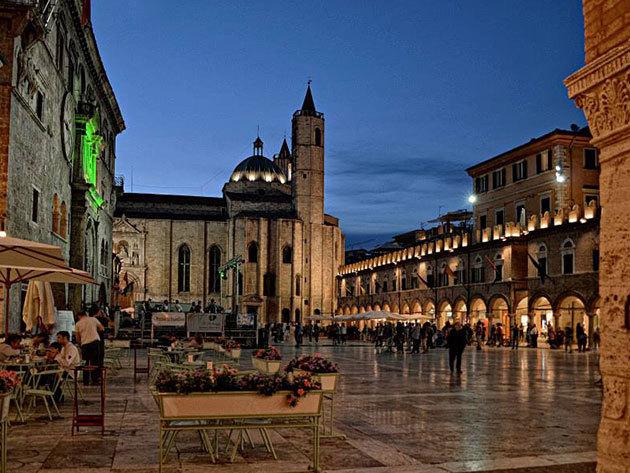 Olaszország, Ascoli Piceno - 2 vagy 3 éjszaka 2 felnőtt részére az új Albergo Sant'Emidio*** hotelben, reggelis ellátással