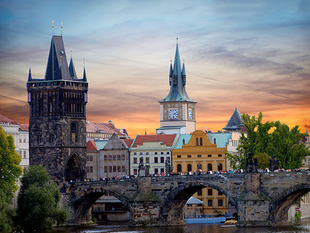 Prága: non-stop buszos utazás városnézéssel - 2015. október 24. (1 fő)