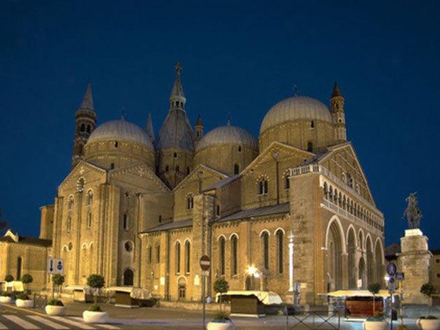 6 nap/5 éjszaka 2 főnek reggelivel: Észak-olasz kikapcsolódás, Le Calandre Hotel (Rubano)