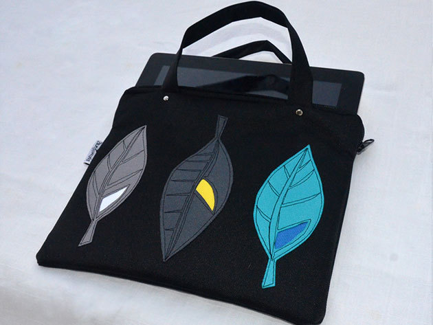 Fekete leveles tablet táska