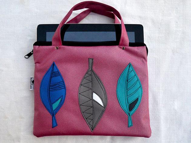 Pink leveles tablet táska