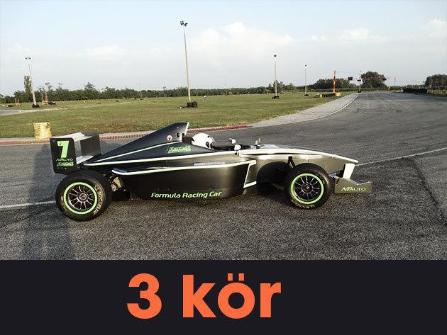 3 kör élményvezetés egy Formula BMW-vel