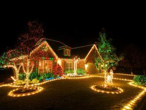 Christmas-lights_middle