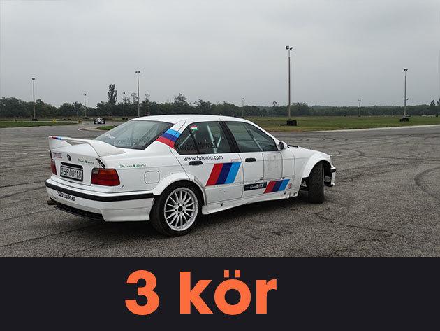 """3 kör vezetés + 1 kör élményautózás (profi sofőrrel) egy BMW E36 """"F"""" csoportos rally versenyautóval a Kakucs-Ringen"""
