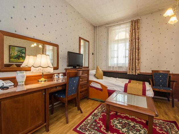 Hotel Tisza*** Szálló és Gyógyfürdő, Szolnok - 3nap/2éj 2 fő részére Manzárd szobában, svédasztalos reggelivel és gyógyfürdőzéssel