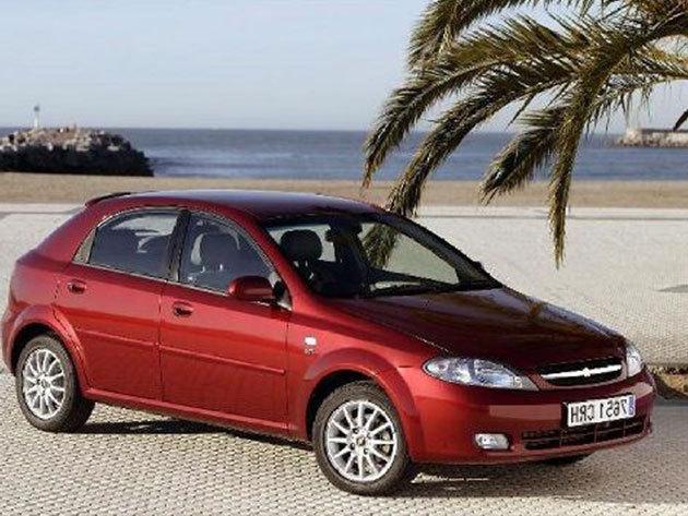 Chevrolet Lacetti autóbérlés 3 napra (hétvégi ár)