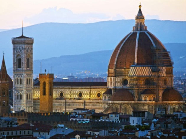 Toscanai körutazás pünkösdkor - buszos kirándulás június 8-12. szállással és félpanziós ellátással