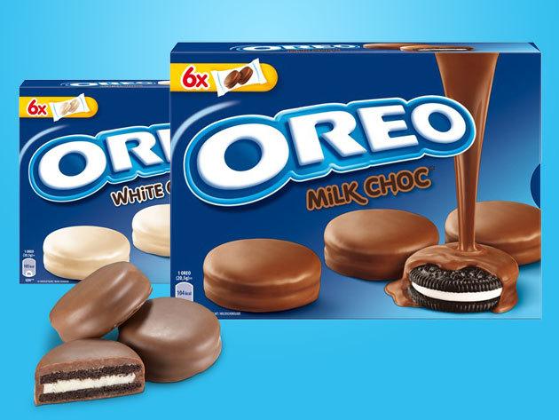 Oreo vaníliakrémes csokis kekszek tejcsokival és fehércsokival borítva (6x2 db/csomag, 246 gramm)