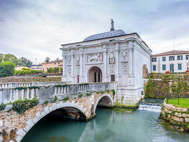 Olaszország, Treviso: kikapcsolódás, városnézés és wellness - 3 nap 2 éjszaka 2 fő részére reggelivel / Best Western Villa Pace Park Hotel Bolognese****