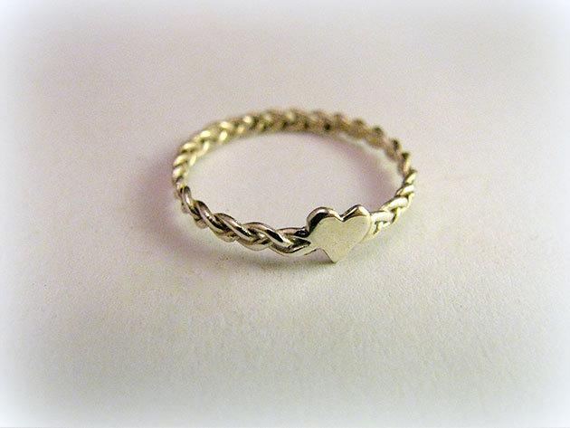 Fonatos szívecskés gyűrű (választható méret)