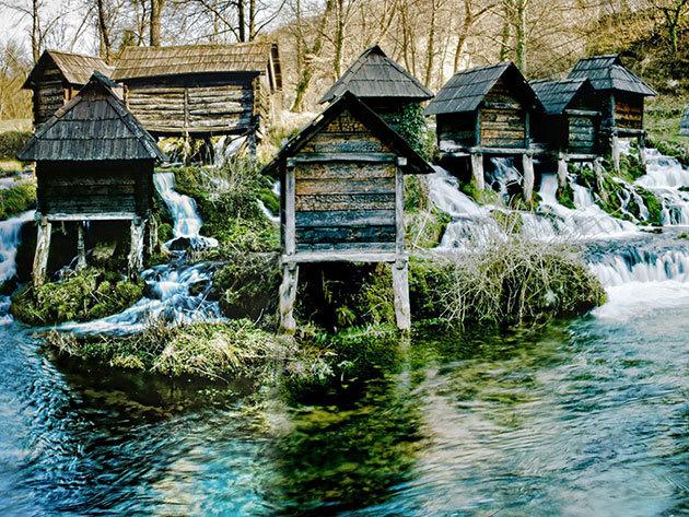 Bosznia-Hercegovina: kirándulás a Jajce vízesésnél / non-stop autóbuszos utazás május 14-én