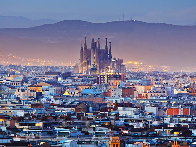 Barcelona - 3 nap/2 éjszaka szállás 2 fő részére reggelivel a hangulatos Amrey Sant Pau**+ hotelben, főszezonban