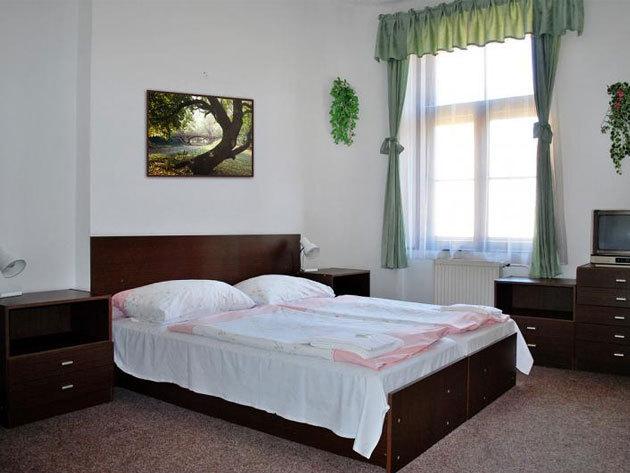 Prága - Hotel Olga***: 3 nap / 2 éj szállás 2 fő részére reggelis ellátással, október 31-ig