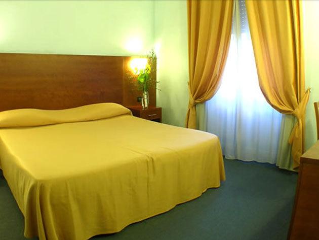 Róma - 4 nap / 3 éjszaka szállás 2 fő részére reggelivel az örök városban / Osimar Hotel***