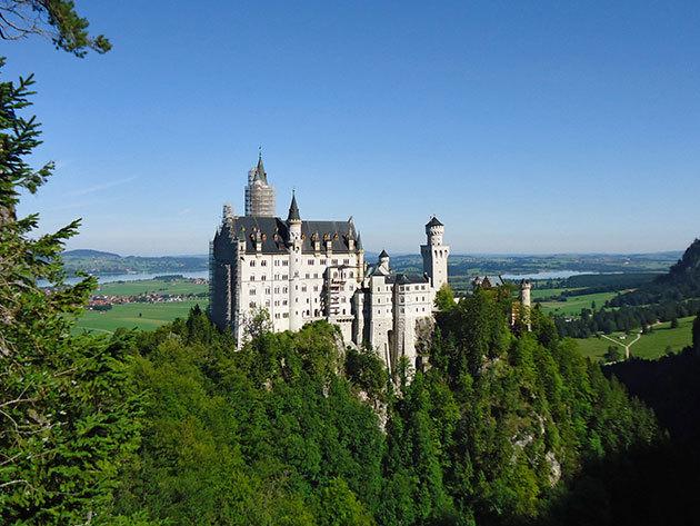 2016. július 8-9-10. / a németországi Neuschwanstein kastély és a csodaszép Salzburg - buszos kirándulás /fő
