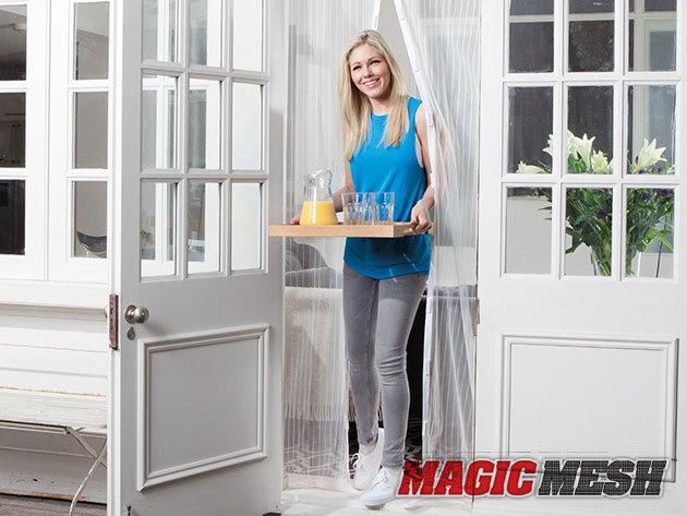 Mágneses szúnyogháló ajtókra (100×210 cm) Magic Mesh – a friss levegőt benntartja, a rovarokat pedig kint...