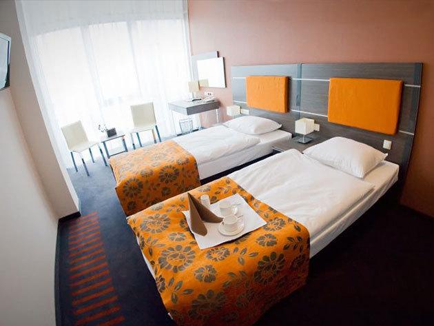 Krakkó - 4 nap/3 éj 2 fő részére a Hotel Centrum-ban, reggelivel, ajándék üveg borral