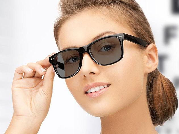Szemüveg fényre sötétedő, FotoCrom 1,56-os törésmutatójú, barna vagy szürke lencsével, választható kerettel, szemvizsgálattal és munkadíjjal, a VIII. kerületi Totál Optikától