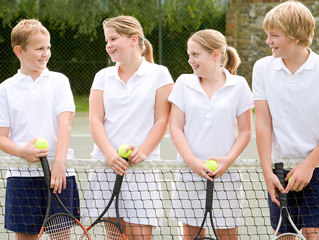 Napközis tenisz és sporttábor Csillebércen 5-18 éveseknek, június 20-tól július 22-ig, egyhetes turnusokban, napi 3x étkezés / fő