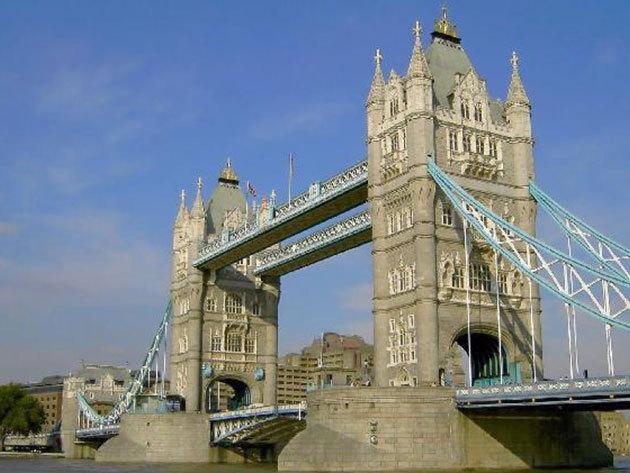LONDON - Az ár tartalmazza a repülőjegyet, illetékeket és 4 nap/3 éjszaka szállást 2 fő részére 3 csillagos szállodában