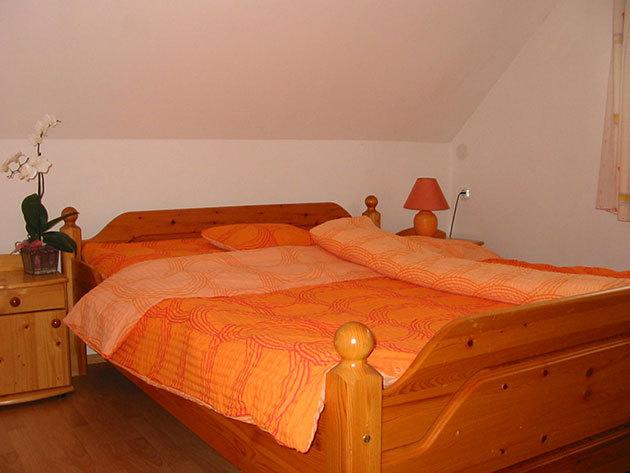 Szállás a kehidakustányi gyógyfürdő közelében: 2+2 fő gyermek (nagyszülők+unoka) / 7 éjszaka / Goldwert Apartmanok - normál apartman