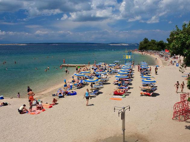 Crikvenica, Horvátország - egész napos fürdőzés a város strandján / non-stop autóbuszos utazás 2016.07.08-10-én / fő