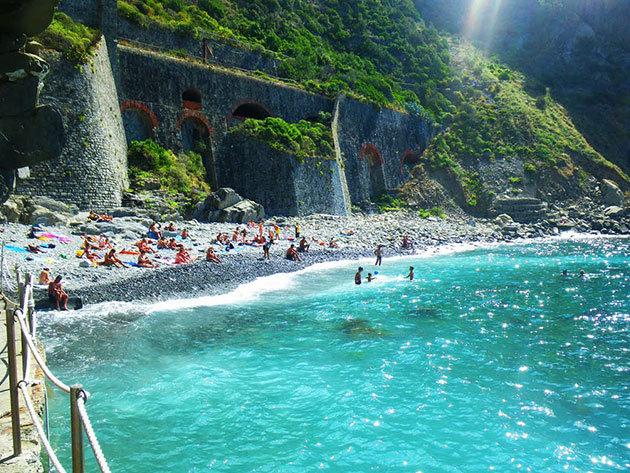 Nyaralás az olasz riviérán - 7 nap/6 éj szállás reggelivel - városnéző programok, hajókirándulások, tengerparti fürdőzés, túrázás / 2016. július 4-10.