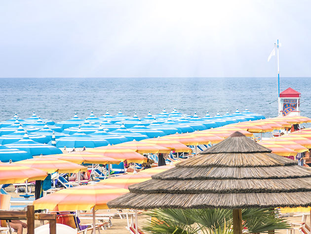 Rimini, Olaszország - 8 nap 7 éjszaka szállás 2 fő részére félpanziós ellátással - Hotel Fiorana***