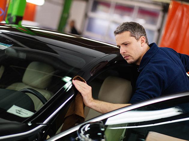 Autómosó csomagok akár klímatisztítással, kárpitfrissítéssel és polírozással / V. kerület - Intermosó