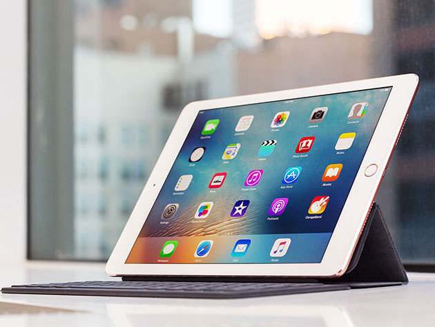 iPad Pro 9.7 colos, 32 Gb, wifi + cellular / eredeti Apple termék, teljes tartozékkal, gyári független, magyar menüvel, 1 év apple + 1 év szerviz által biztosított szoftver garanciával