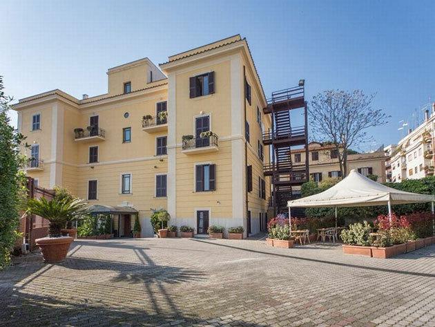Ajánlat 2: Róma - Romoli Hotel*** 3 nap 2 éjszaka 2 fő részére reggelivel