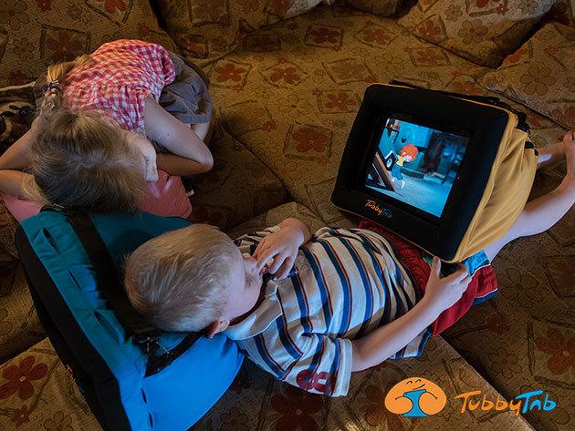 Tablet tartó párna a maximális kényelemért / TubbyTab - verhetetlen és törhetetlen! Erős, praktikus, könnyű és mutatós, praktikus tároló rekeszekkel, vidám színekben