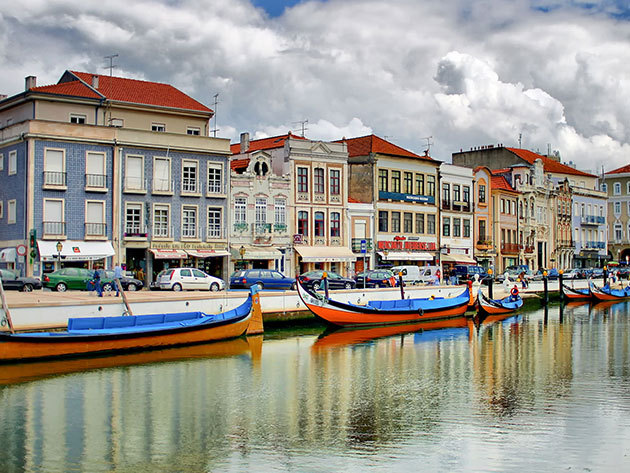 Portugália Velencéje -  Aveiro City Lodge - 4 nap 3 éjszaka reggelivel - Jakuzzi használat, hajókirándulás (Moliceiro) az Aveiro csatornán / 2 fő