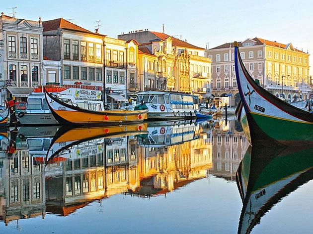 Portugália Velencéje -  Aveiro City Lodge - 5 nap 4 éjszaka reggelivel - Jakuzzi használat, hajókirándulás (Moliceiro) az Aveiro csatornán / 2 fő