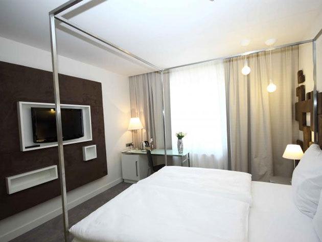 Prága - Pure White Design Hotel - 4 nap/3 éjszaka 2 fő részére, reggelivel