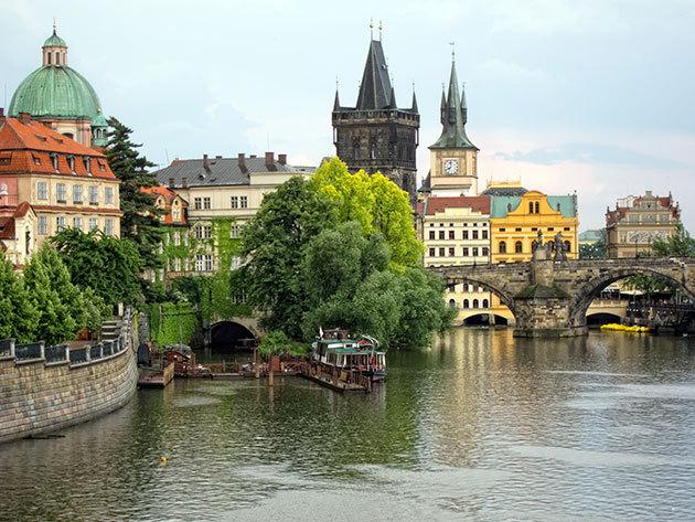 Prága - 3 vagy 4 nap szállás a cseh főváros szívében reggelivel 2 főre a modern Red & Blue Design Hotelben**** november 1-március 30.