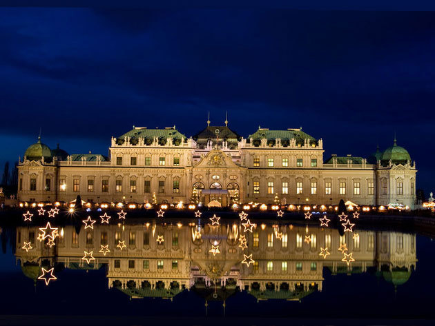 Schönbrunni kastély (UNESCO világörökség) / Advent Bécsben buszos utazással