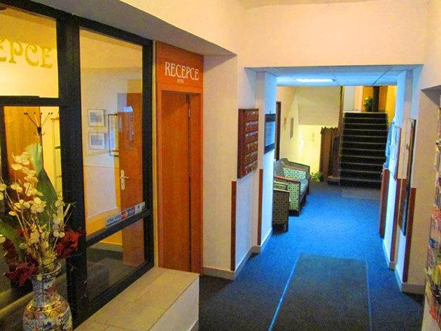 2016.10.31-ig / Prága - Hotel Olga - 4 nap 3 éjszaka 2 főre reggelivel + 10% kedvezmény a közeli étteremben